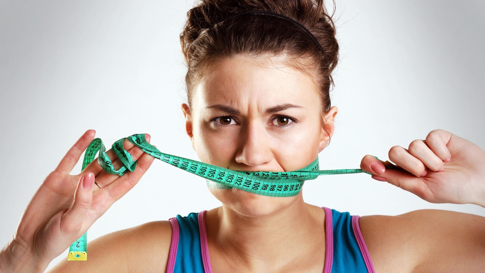 Olvídate de sentir remordimientos y culpabilidad, vamos a conseguir un cambio en tu peso y tus hábitos sin castigo.